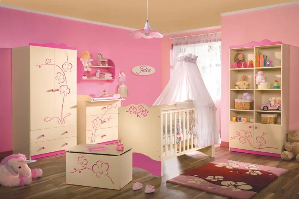 set bébé pour un petit enfant