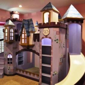 maison pour le château de garçon