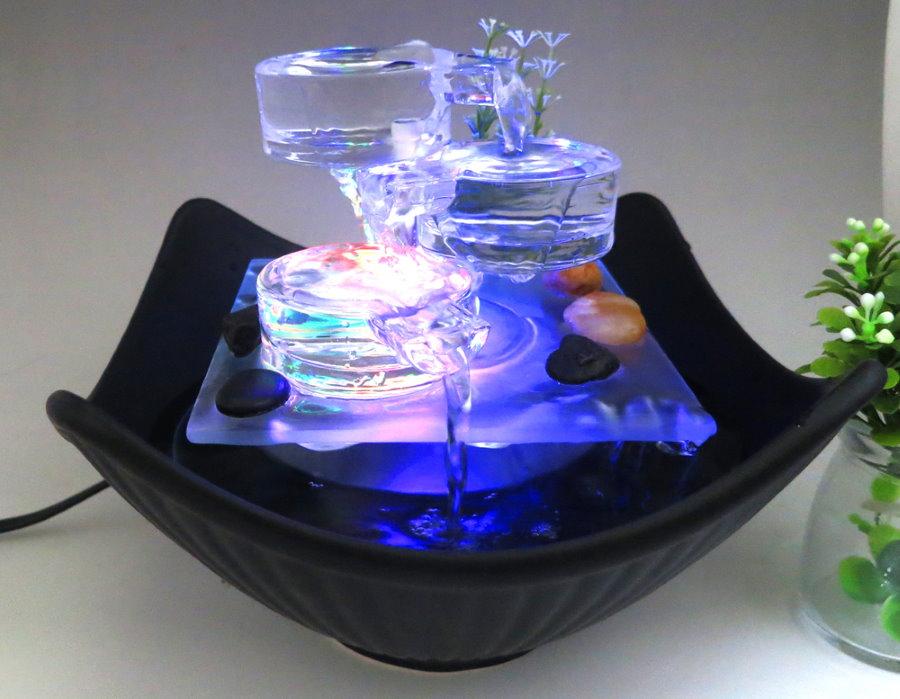 Modèle compact d'une fontaine décorative