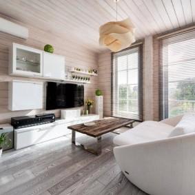 Mobilier modulaire dans une maison en bois
