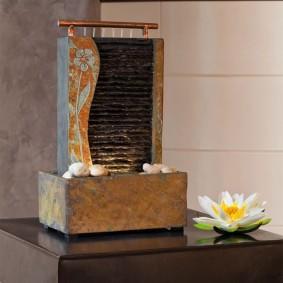 Fontaine décorative en quartzite de table