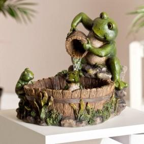 Fontaine d'intérieur en forme de grenouille fée