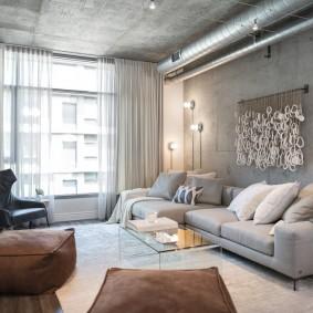 Surface grise du plafond en béton