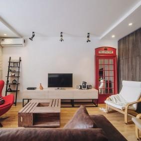 Cabine téléphonique à l'intérieur de l'appartement