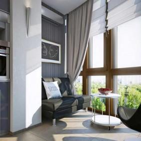 חלונות צרפתיים במרפסת המבודדת
