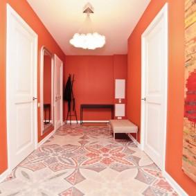 Peindre les murs de la salle en couleur pêche