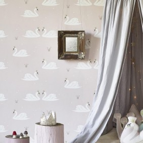Cygnes blancs sur papier peint pour enfants