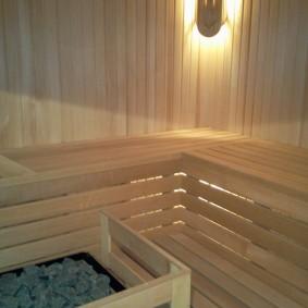 Lampe en bois dans le coin du hammam
