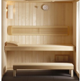 Garniture en bois pour un petit hammam