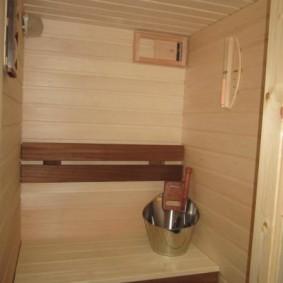 Revêtement des parois du sauna