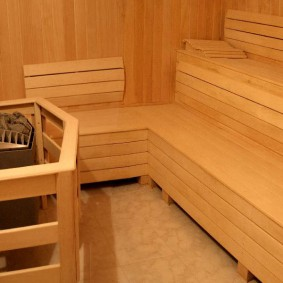 L'intérieur du hammam pour trois personnes