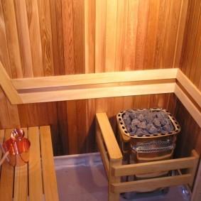 Poêle de sauna avec garniture en bois