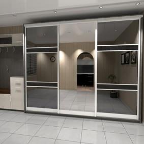 Conception de couloir avec mobilier en miroir