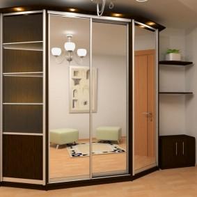 Armoire trapézoïdale avec portes miroir