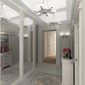 Hall d'entrée néoclassique avec meuble miroir