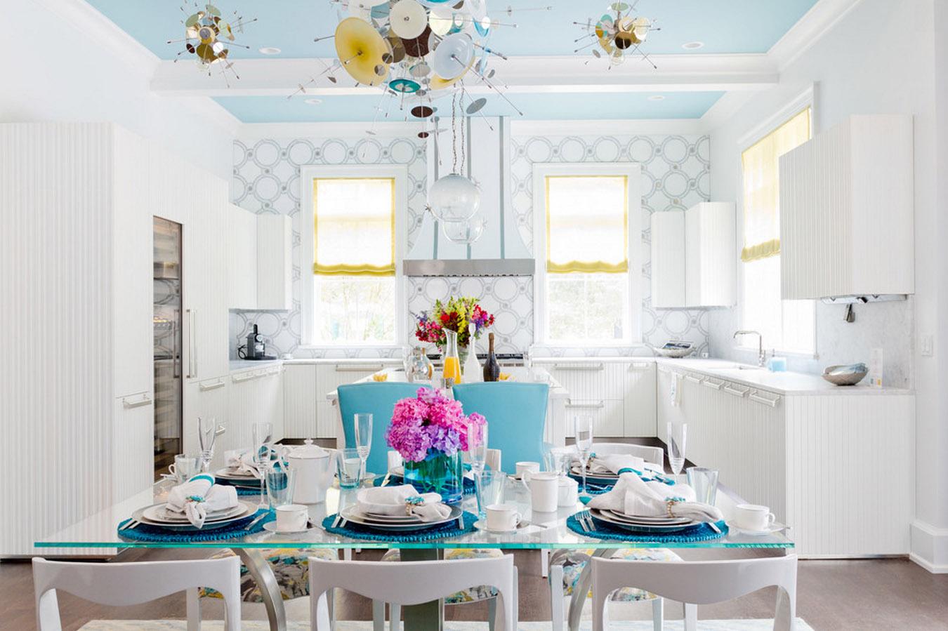 papier peint bleu dans la cuisine