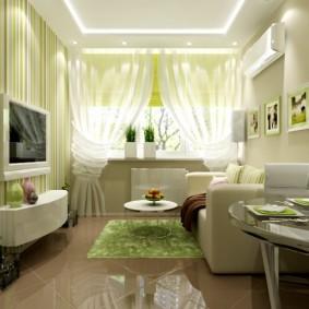 Plancher brillant dans une petite pièce d'un appartement en ville