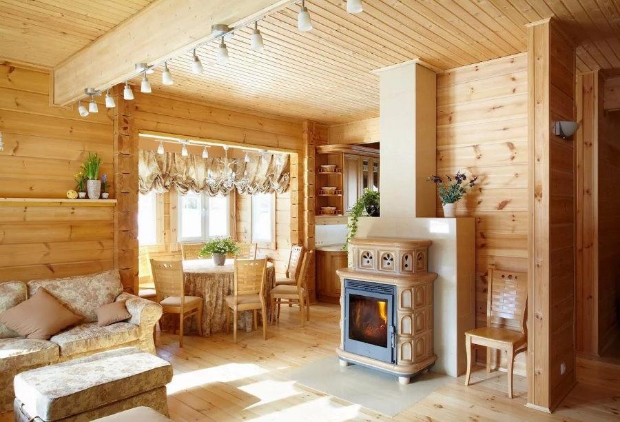 Cuisine-salon dans une maison d'été d'un bar