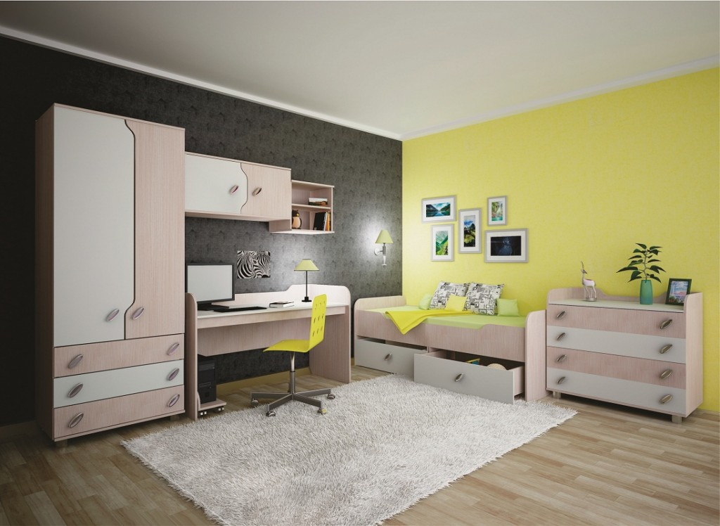 Mur jaune dans la pépinière avec mobilier modulaire