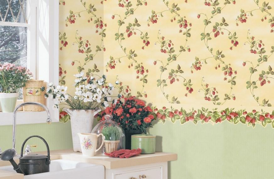 papier peint dans le style provençal dans la cuisine