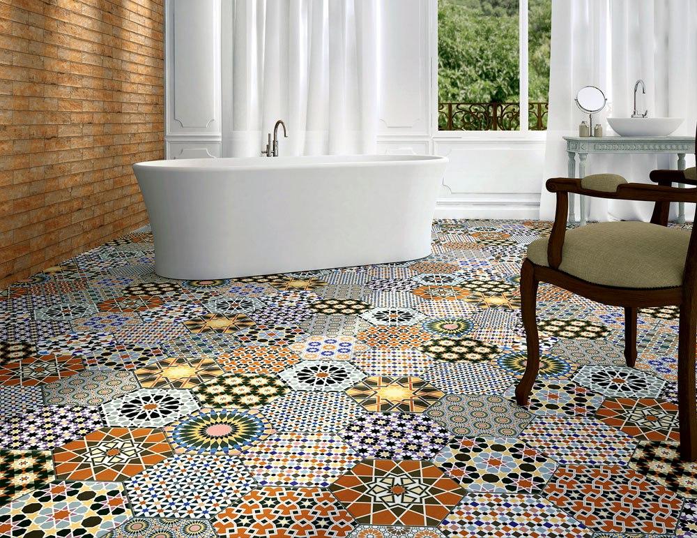 carrelage au sol dans la salle de bain