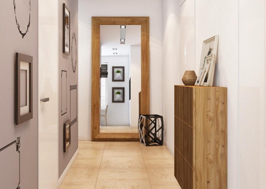 Sol en céramique dans le couloir d'un style moderne
