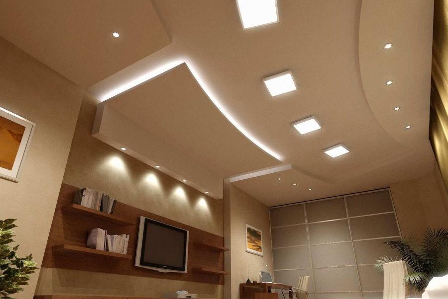 Organisation de l'éclairage sur un plafond à plusieurs niveaux