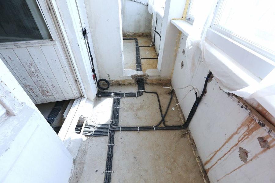 Câblage avant de connecter le balcon à la chambre