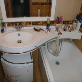couler sur la photo de décoration de salle de bain