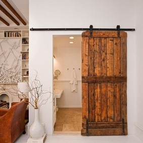 Porte coulissante en toile de bois