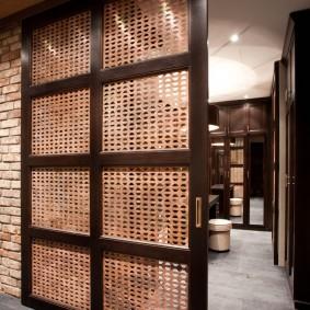 feuilles de treillis d'une porte coulissante