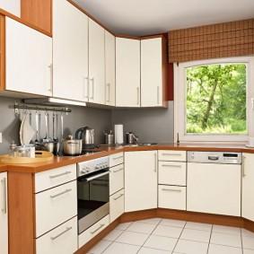 rénovation de cuisine d'une superficie de 9 m² photo espèces