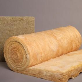 Laine minérale pour chauffer les parois d'un sauna à domicile