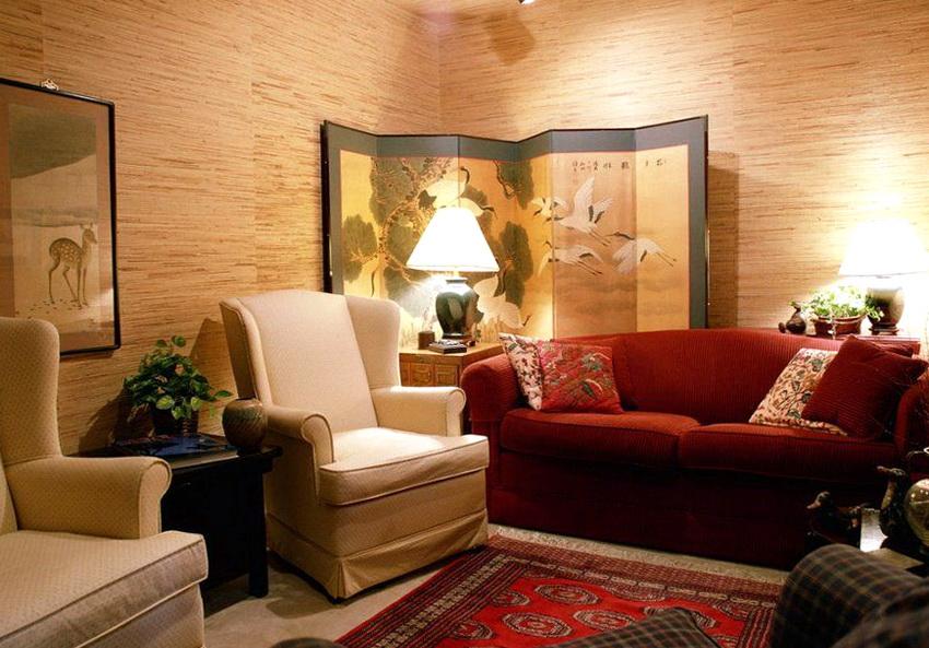 Un écran avec impression photo dans le coin du salon