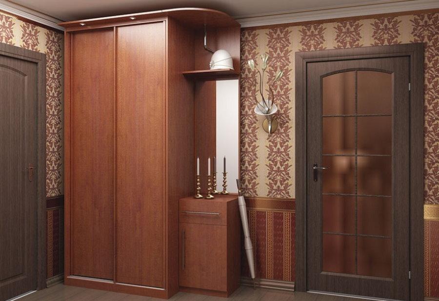 Armoire compacte en MDF dans un petit couloir