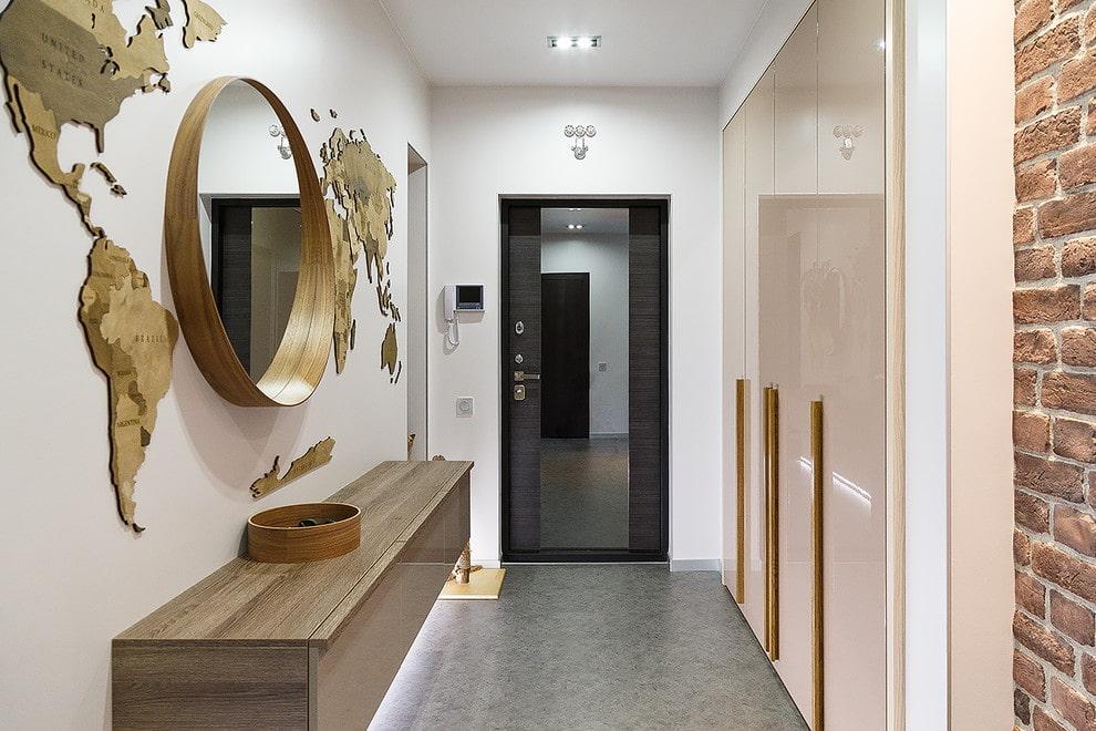 Intérieur d'un petit couloir dans un style moderne