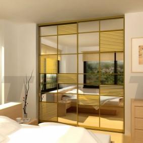 خزانة ملابس لغرفة نوم الصورة الداخلية
