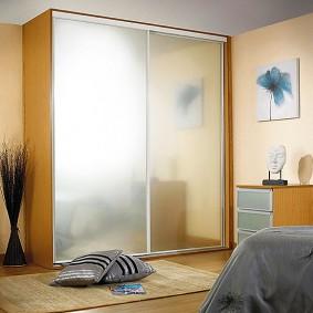 خزانة الملابس لغرفة نوم الأفكار الداخلية