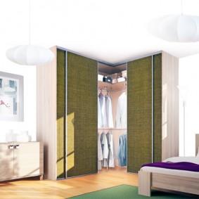 خزانة ملابس للنظرة العامة على غرفة النوم