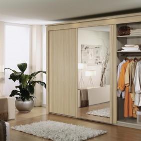 خزانة ملابس لغرفة النوم