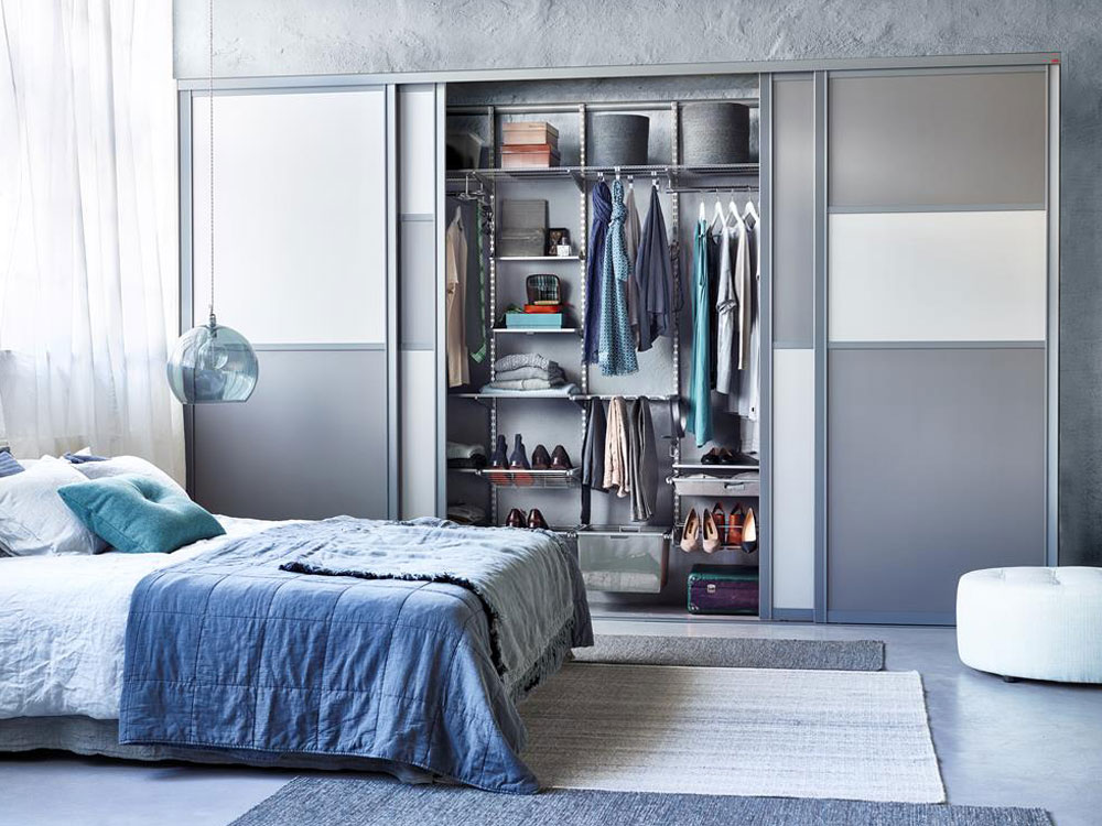 خزانة في غرفة النوم ملء