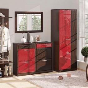 armoire avec portes battantes pour les idées d'idées de couloir